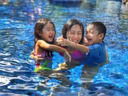 Swimming at shangrila golden sands resort