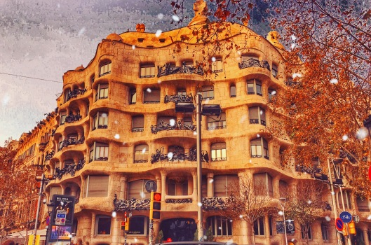 La Pedrera (Casa Milá) In winter