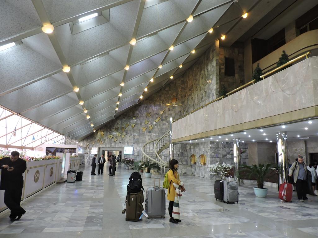 Lobby of Yanggakdo Hotel