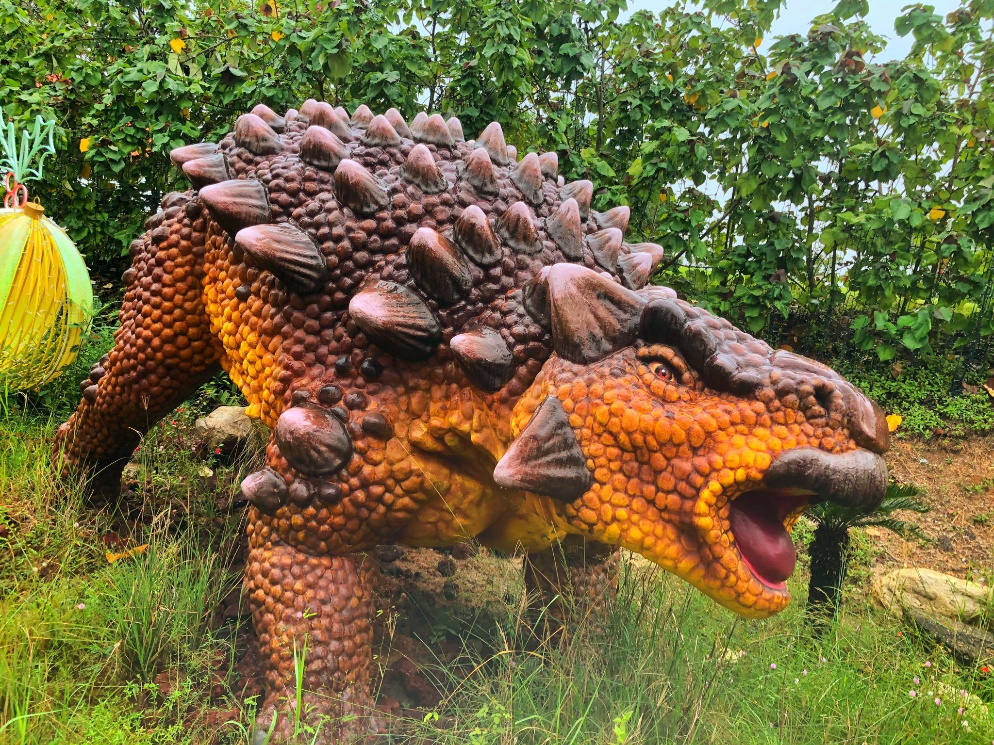 ankylosaurus at changi jurassic mile