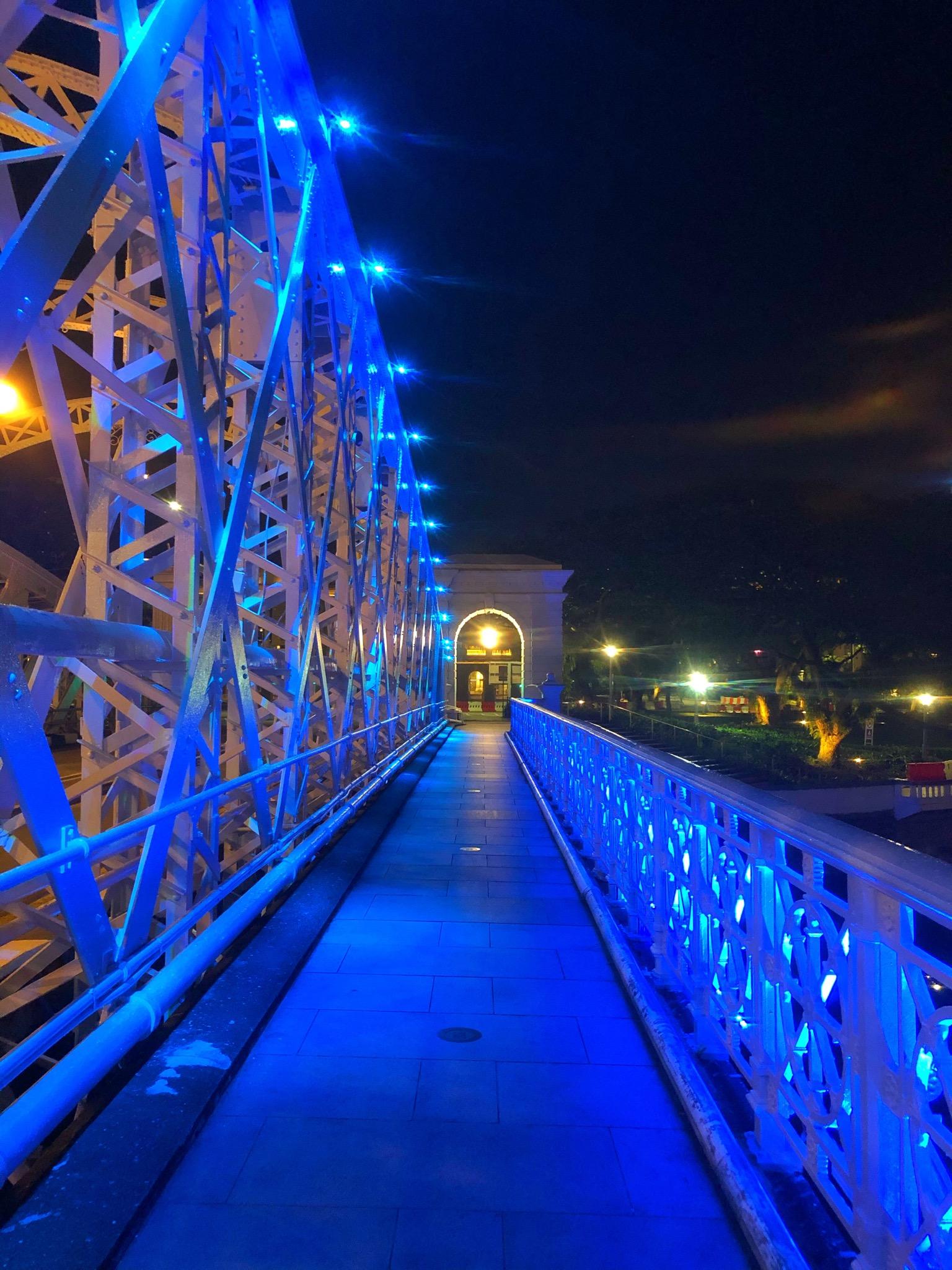 Anderson Bridge Singapore at night